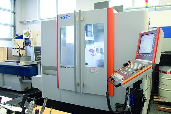 Bearbeitungszentrum-AGIE-Mikron-VCE-800Pro